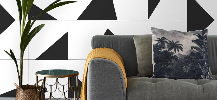 black-and-white wallpaper